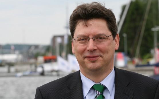 Minister Reinhard Meyer