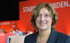 Britta Ernst, Bildungsministerin